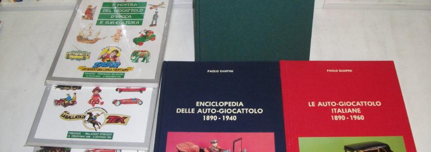 Libri giocattoli e modellismo