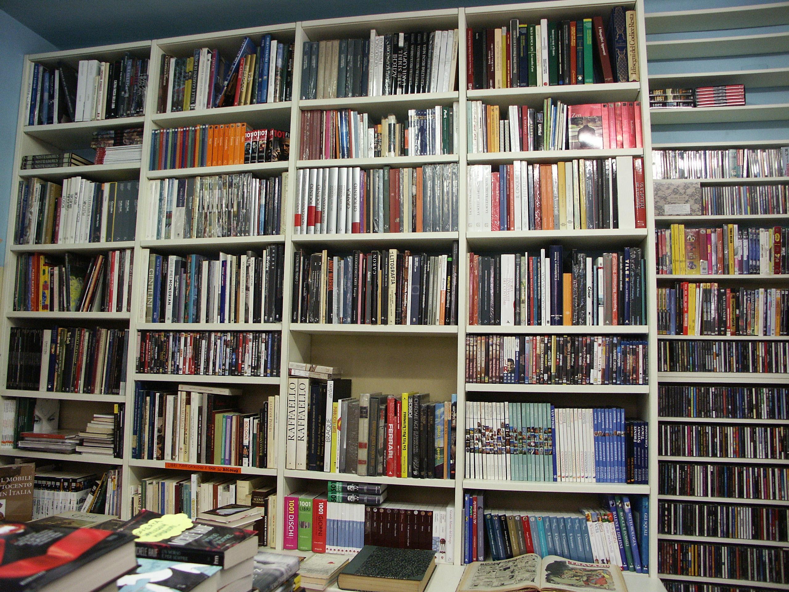 Cd musicali e vinili libreria lorici - Porta dischi vinile ...